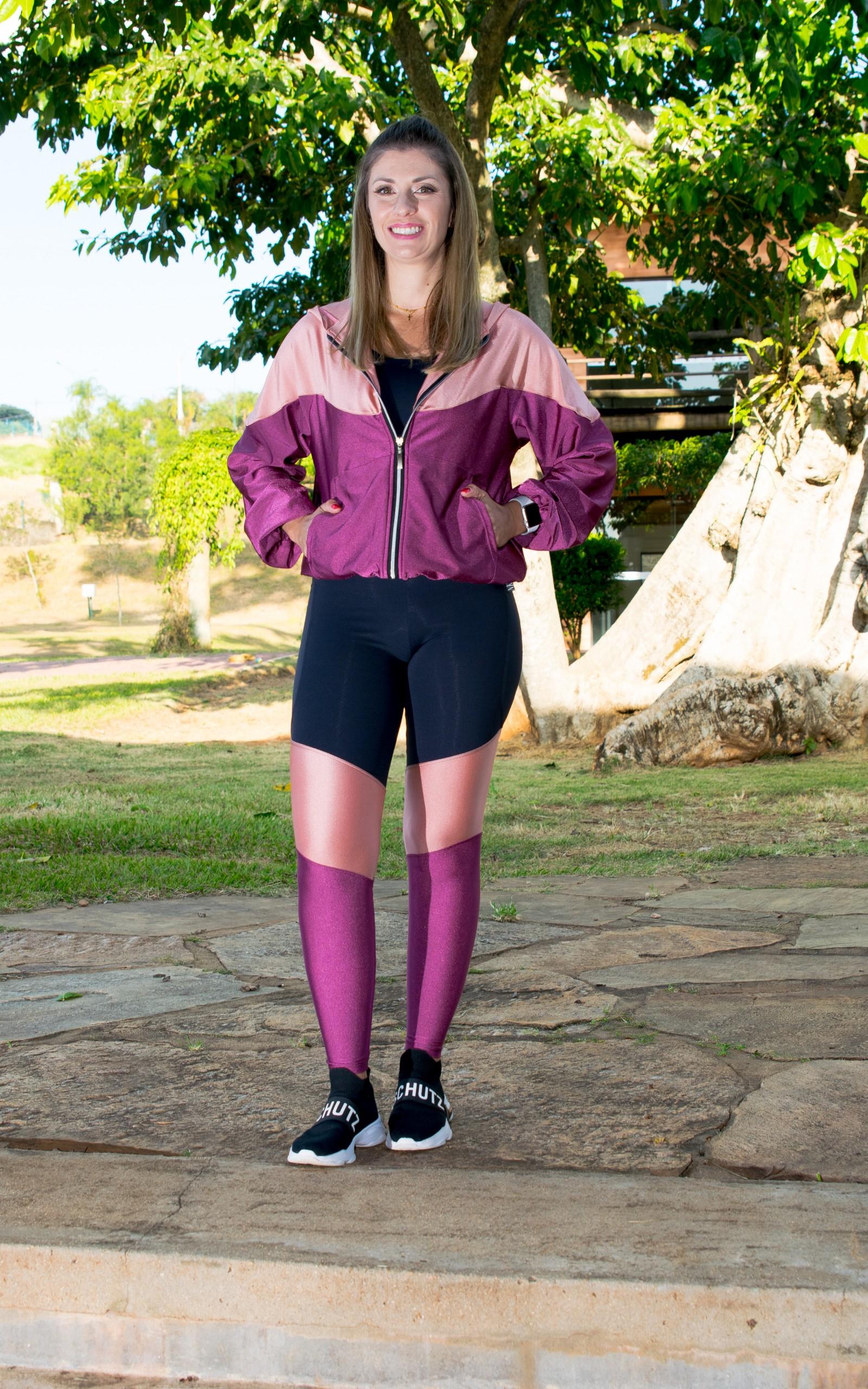 Casaco Flow Bordô, Coleção YOURSELF - NKT Fitwear Moda Fitness