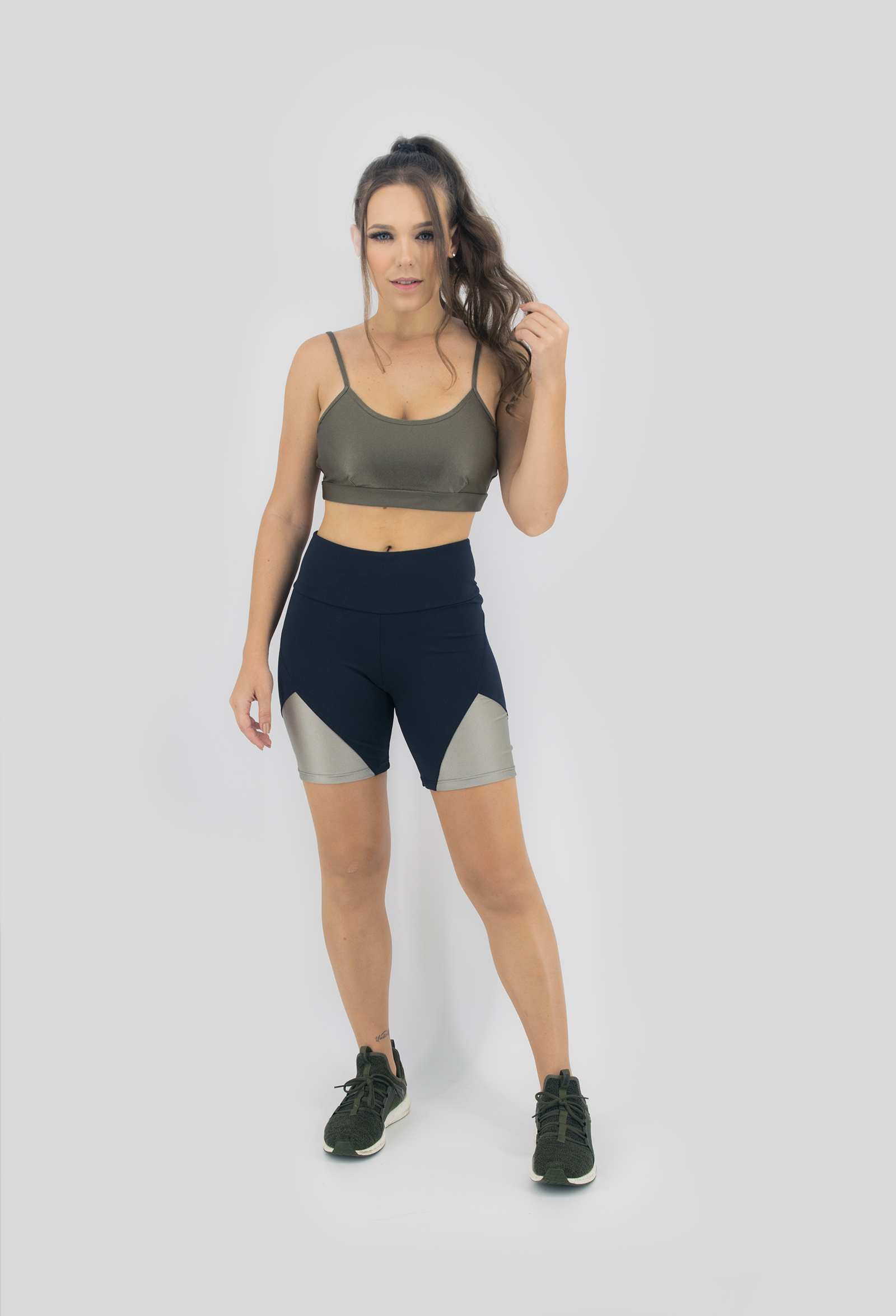Top Profusion Verde Musgo, Coleção Move Your Body - NKT Fitwear Moda Fitness