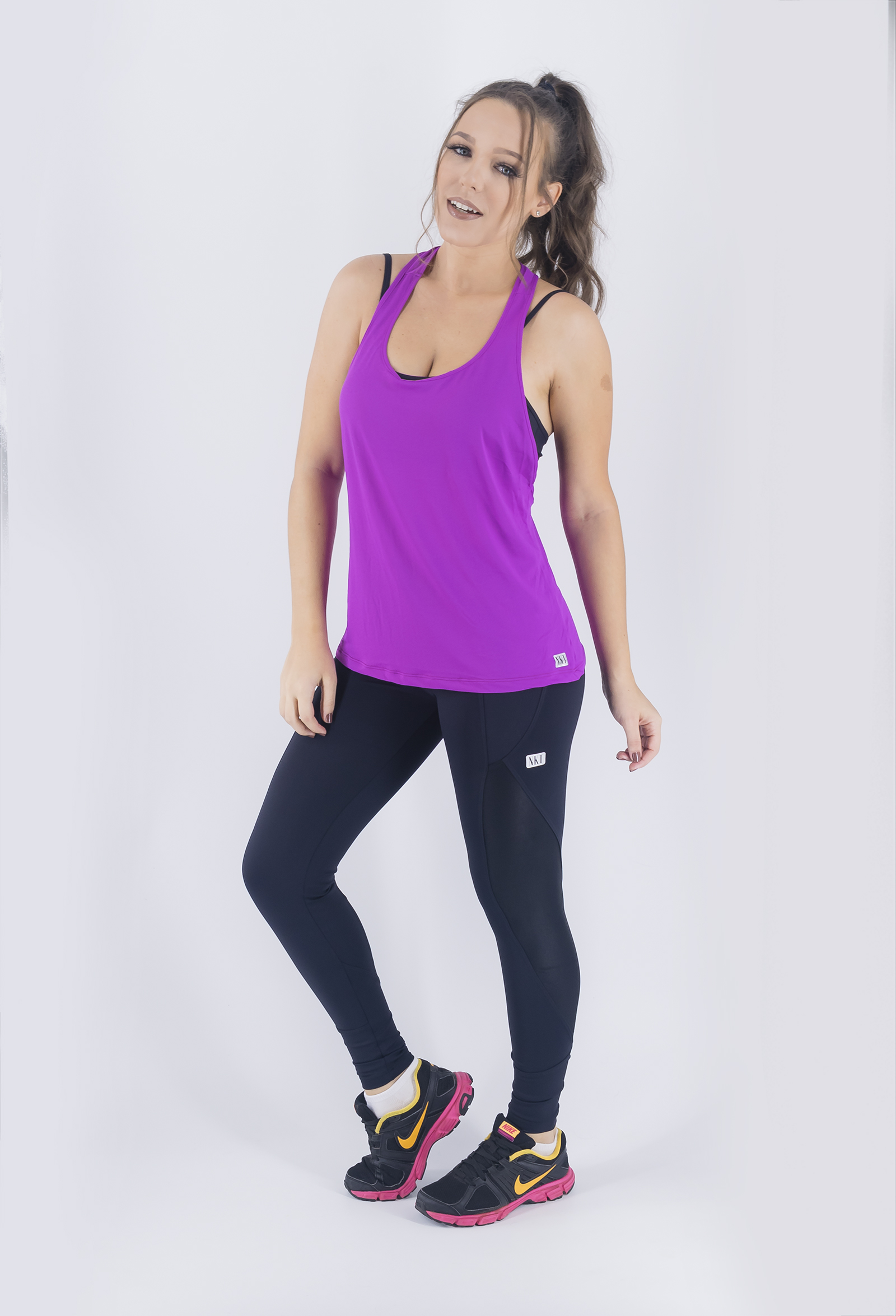 Regata Cava Fabulous Roxa, Coleção Just For You - NKT Fitwear Moda Fitness