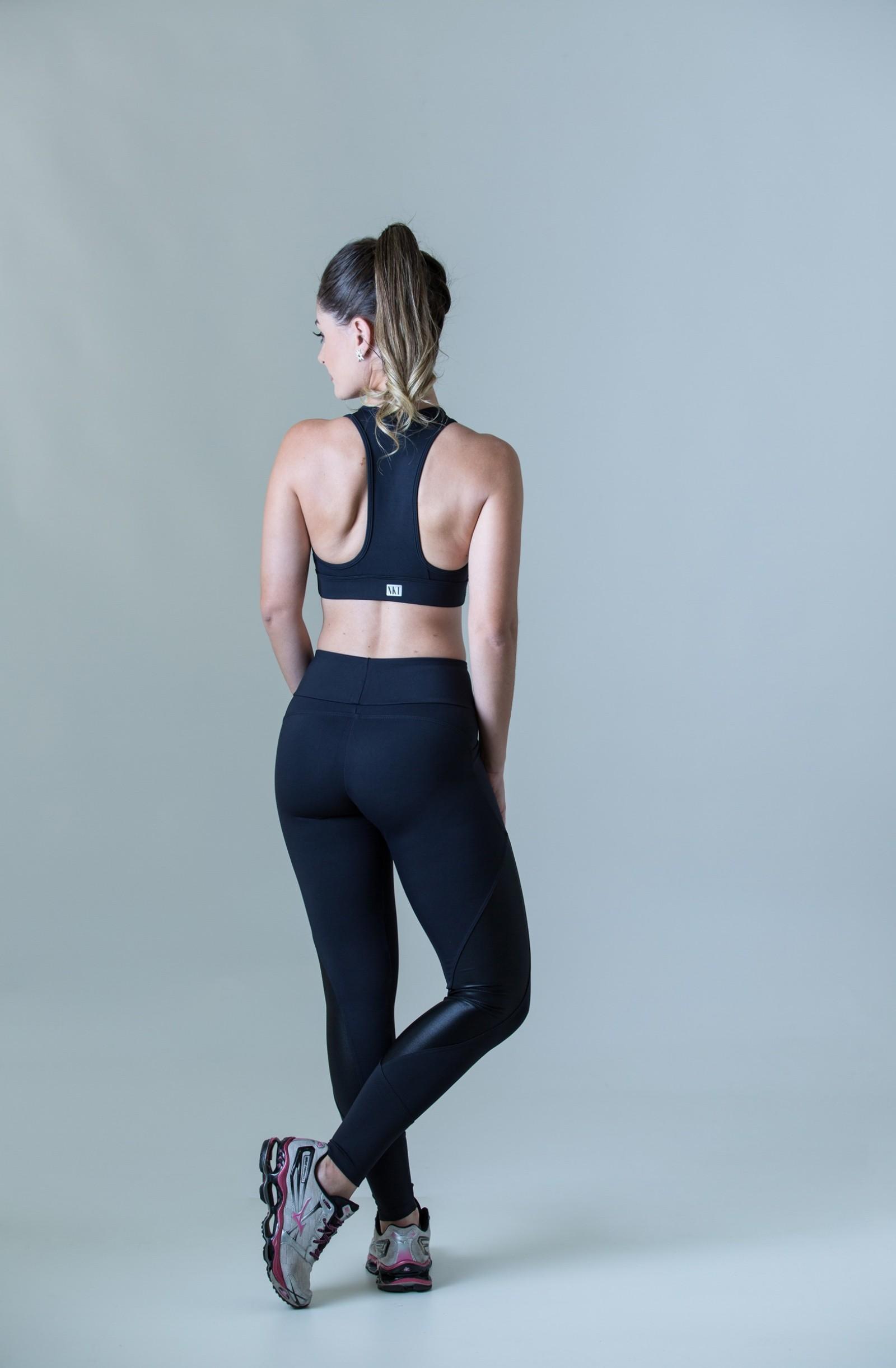 Top Freedom Preto, Coleção Plenitude - NKT Fitwear Moda Fitness