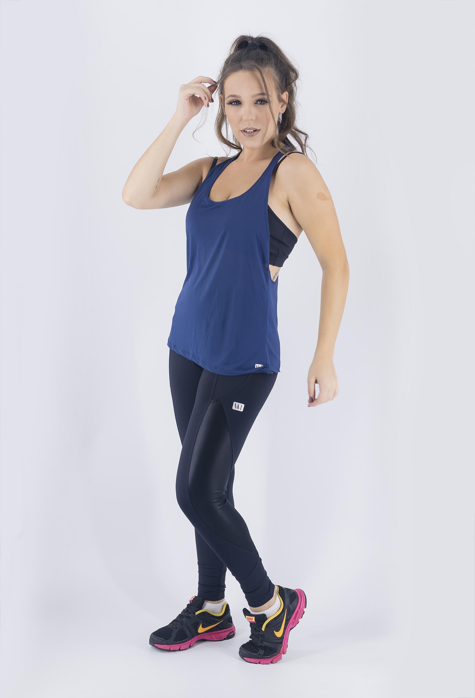Regata Cava Fabulous Marinho, Coleção Just For You - NKT Fitwear Moda Fitness