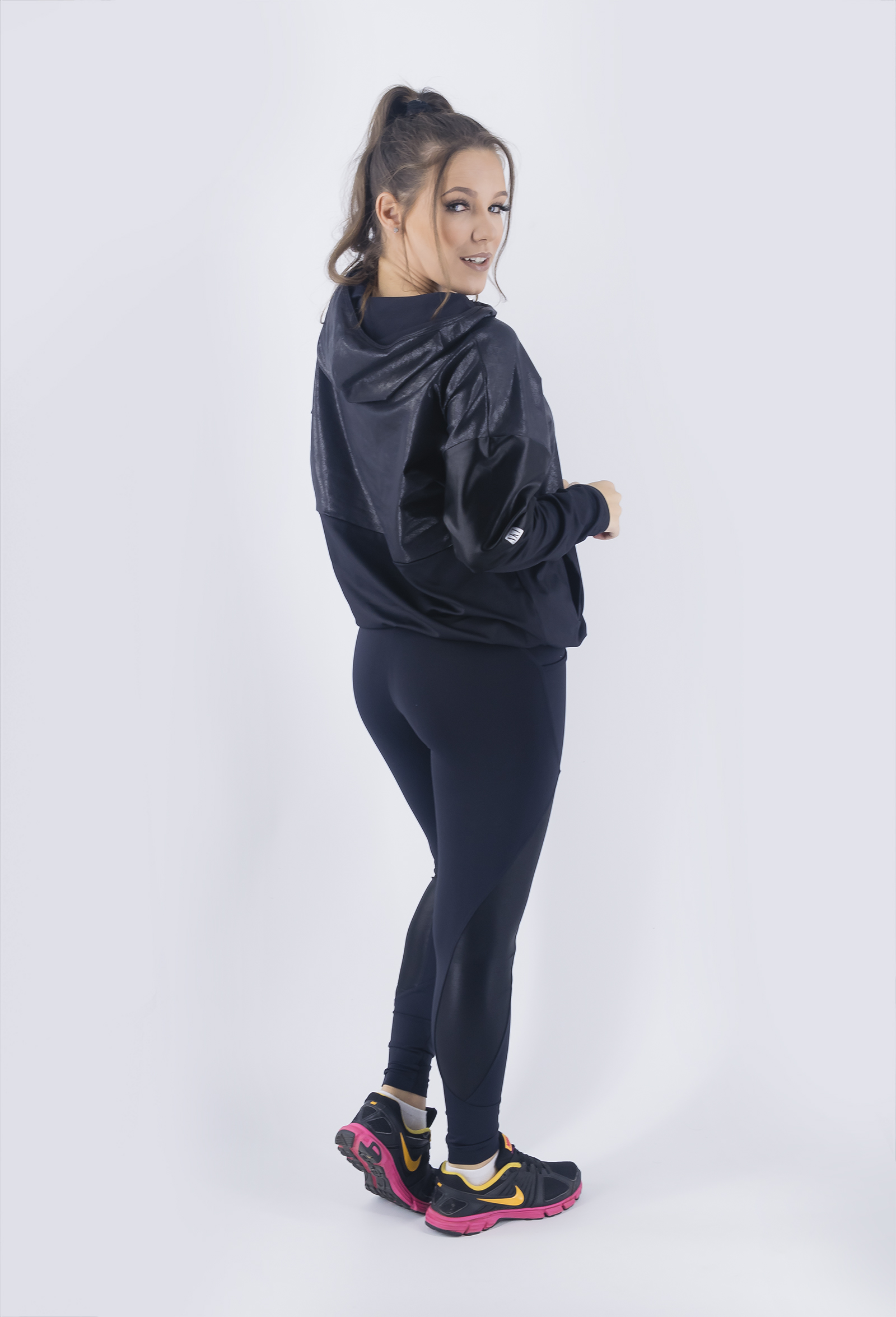 Casaco Lovely Preto, Coleção Just For You - NKT Fitwear Moda Fitness