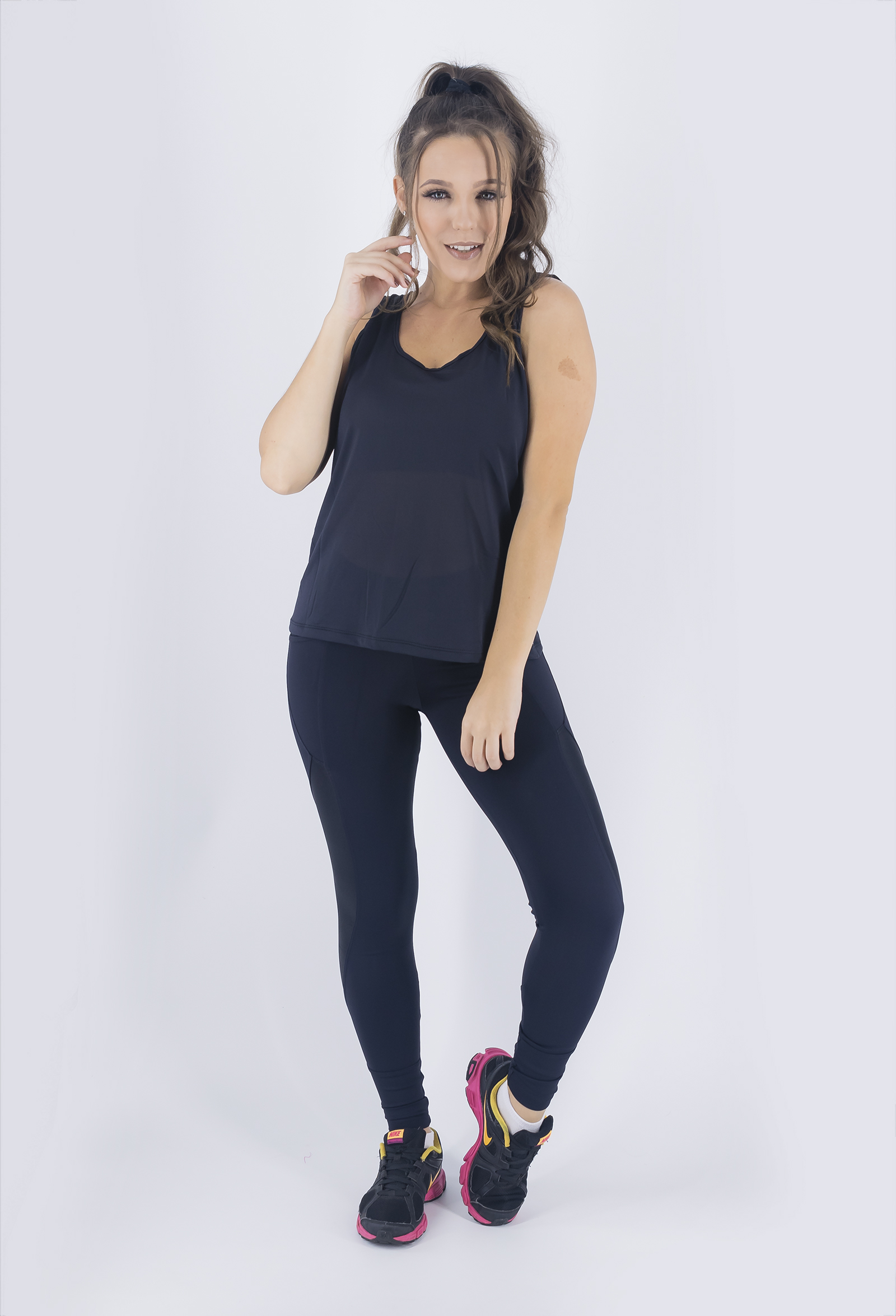 Regata Unique Preta, Coleção Just For You - NKT Fitwear Moda Fitness