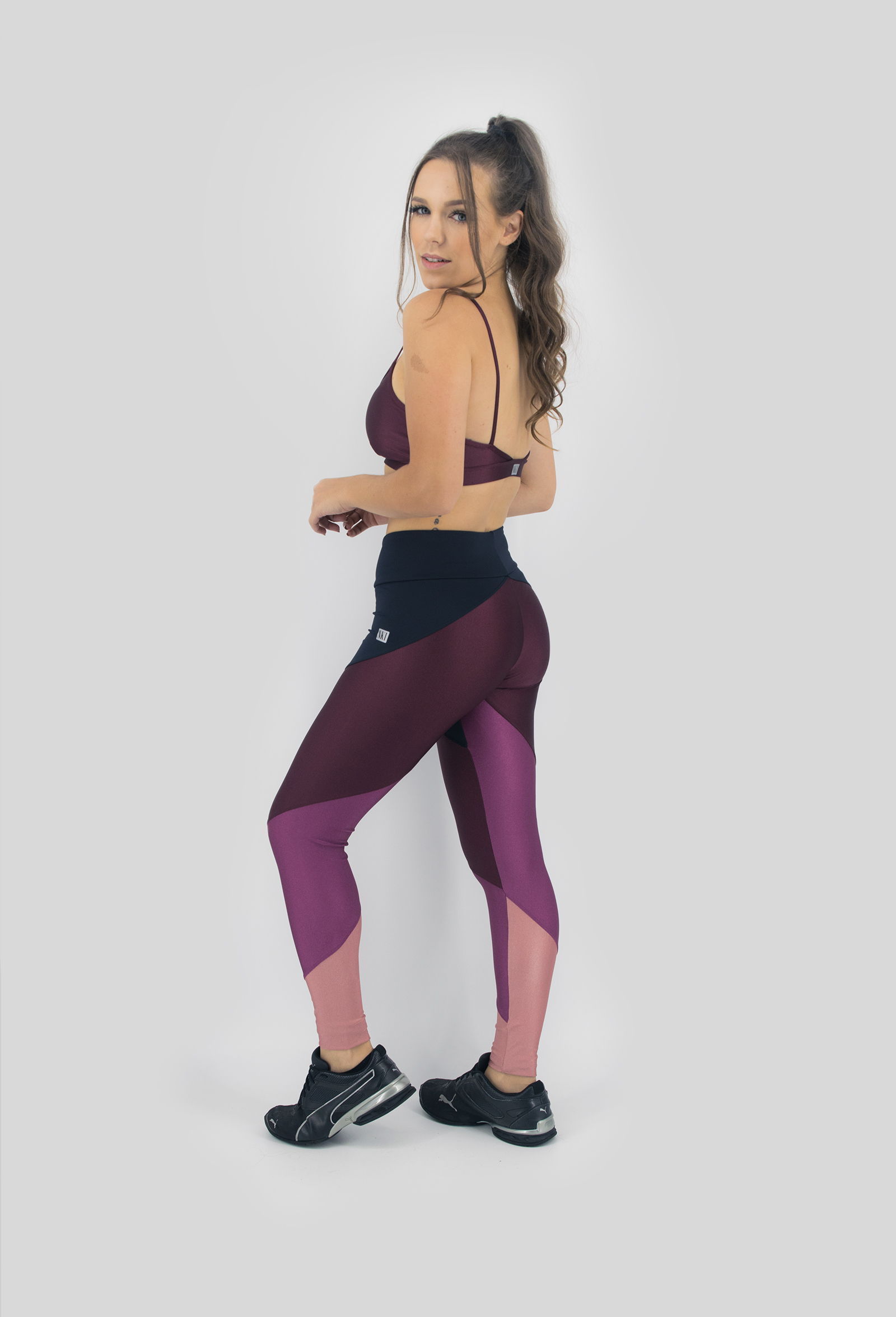 Legging Profusion Bordo, Coleção Move Your Body - NKT Fitwear Moda Fitness
