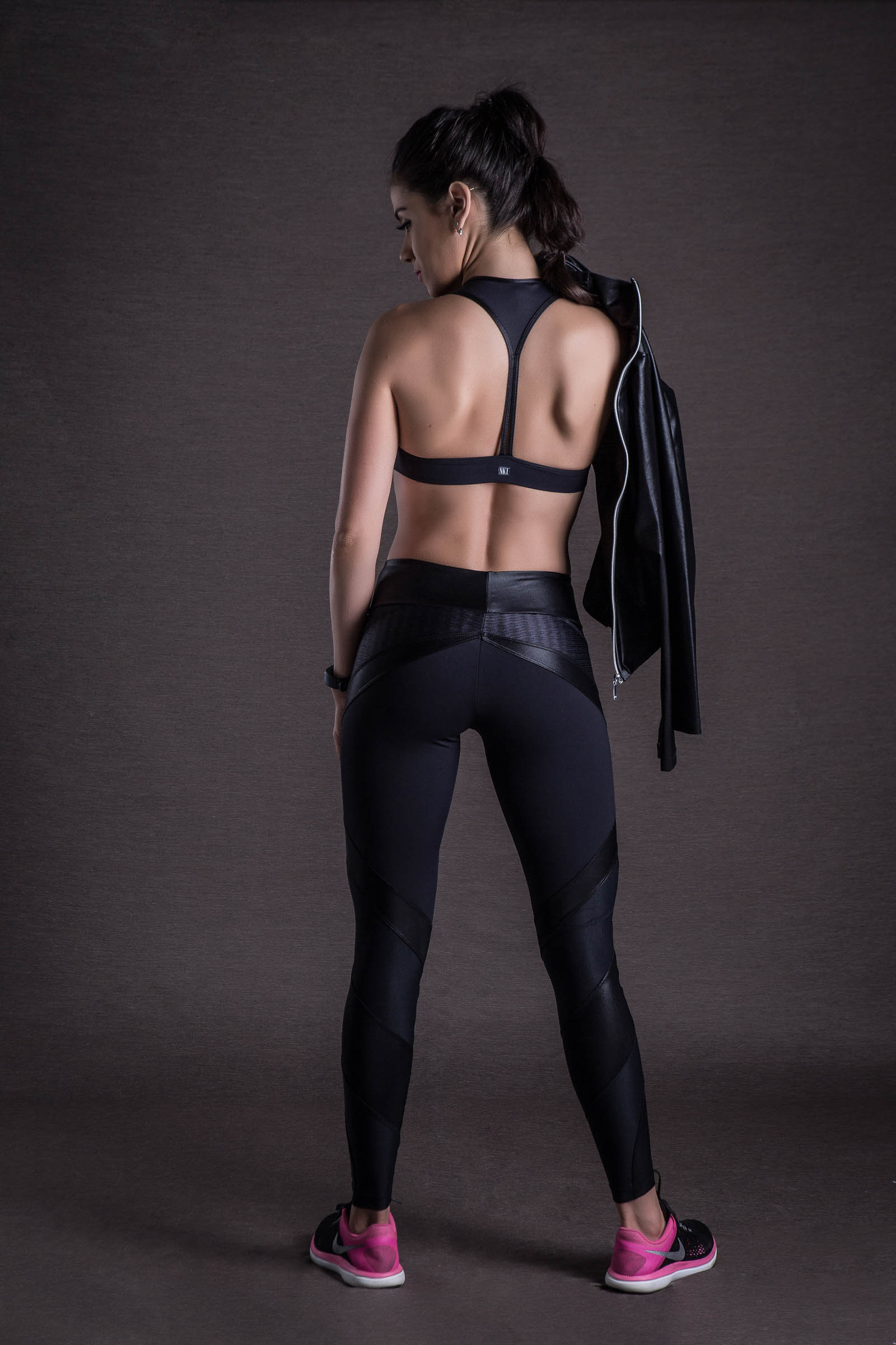 Casaco Connect Preto Cirre, Coleção You can - NKT Fitwear Moda Fitness