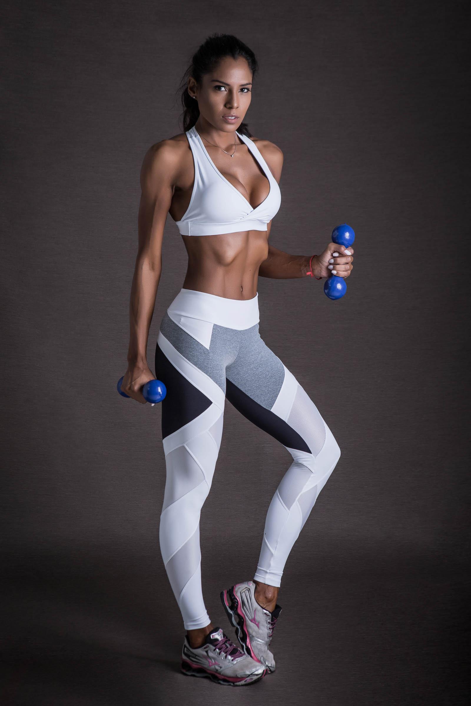 Top Move Branco, Coleção Mulheres Reais - NKT Fitwear Moda Fitness