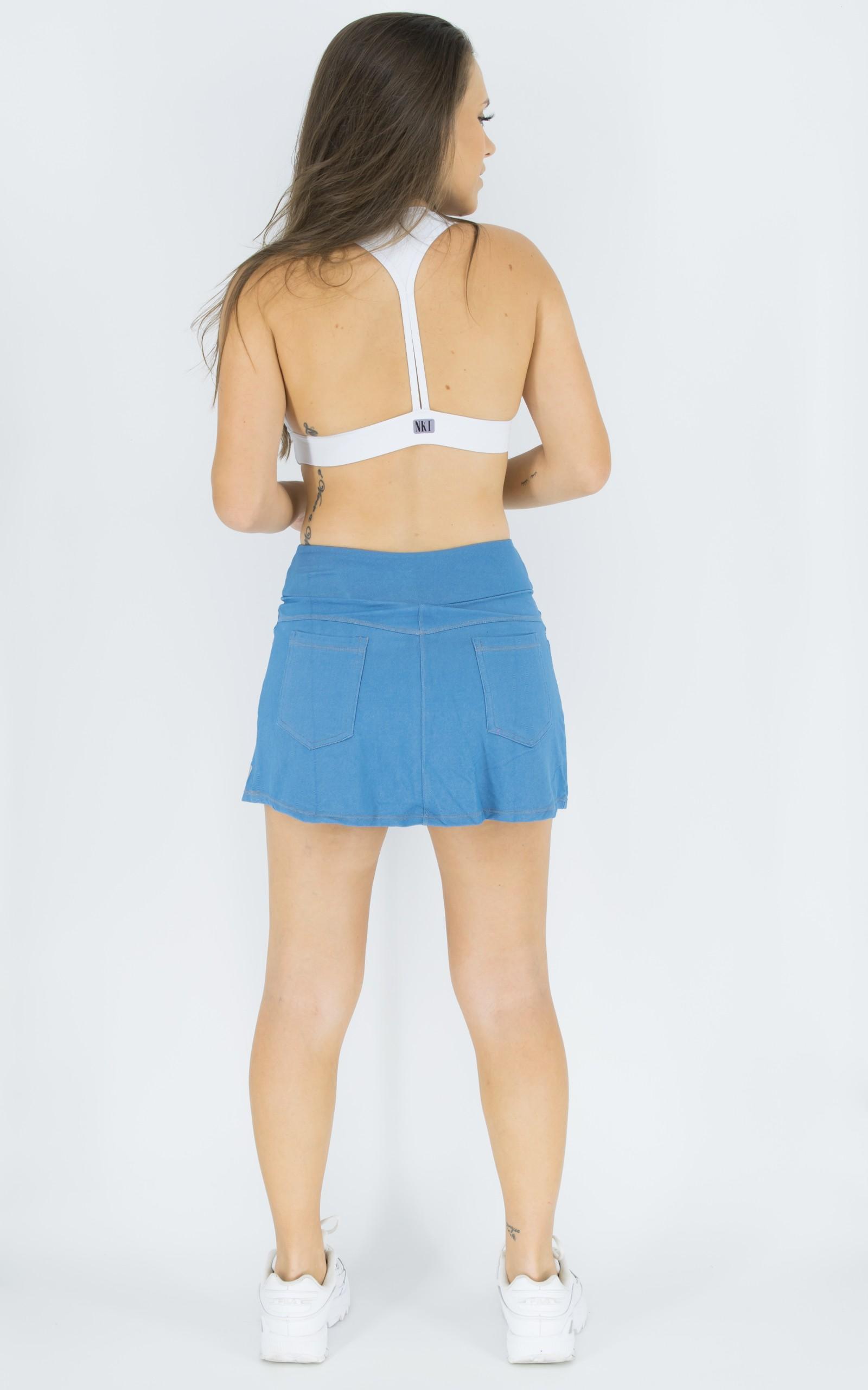 Saia Shorts Fluky Jeans Claro, Coleção Move Your Body - NKT Fitwear Moda Fitness