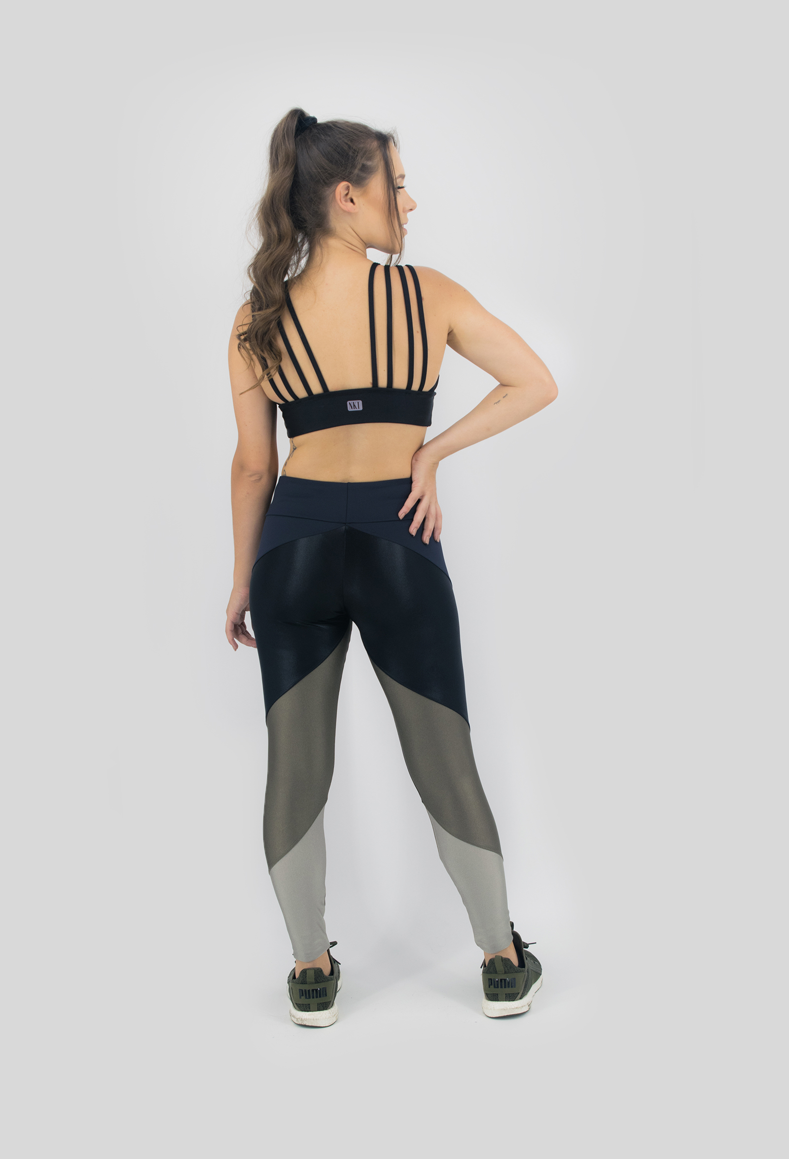 Top Fun Preto Cirré, Coleção Move Your Body - NKT Fitwear Moda Fitness