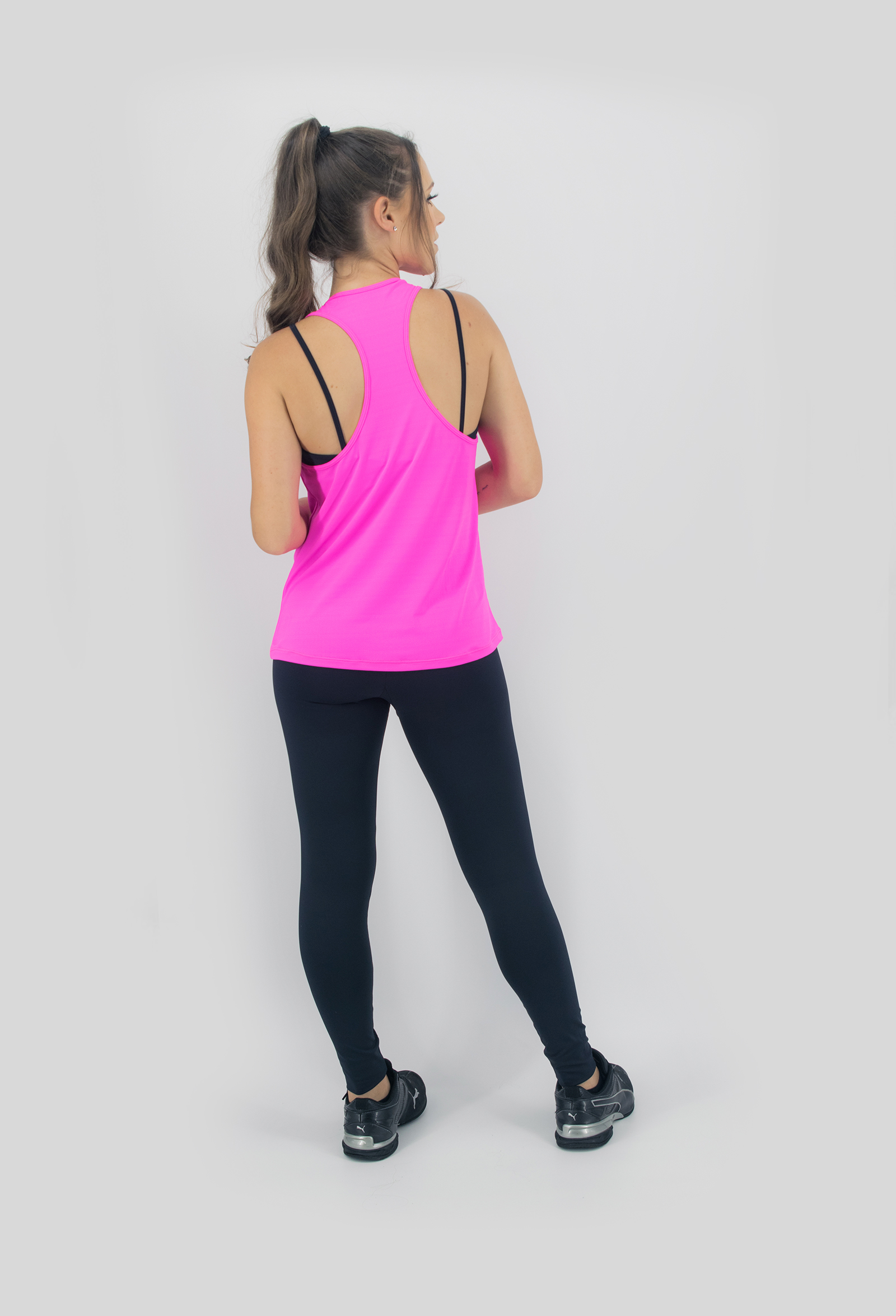 Regata NKT Pink, Coleção Move Your Body - NKT Fitwear Moda Fitness