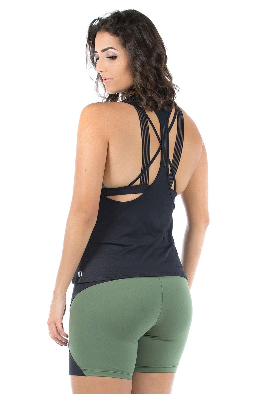 Regata Cava Fabulous Preto, Coleção Mulheres Reais - NKT Fitwear Moda Fitness