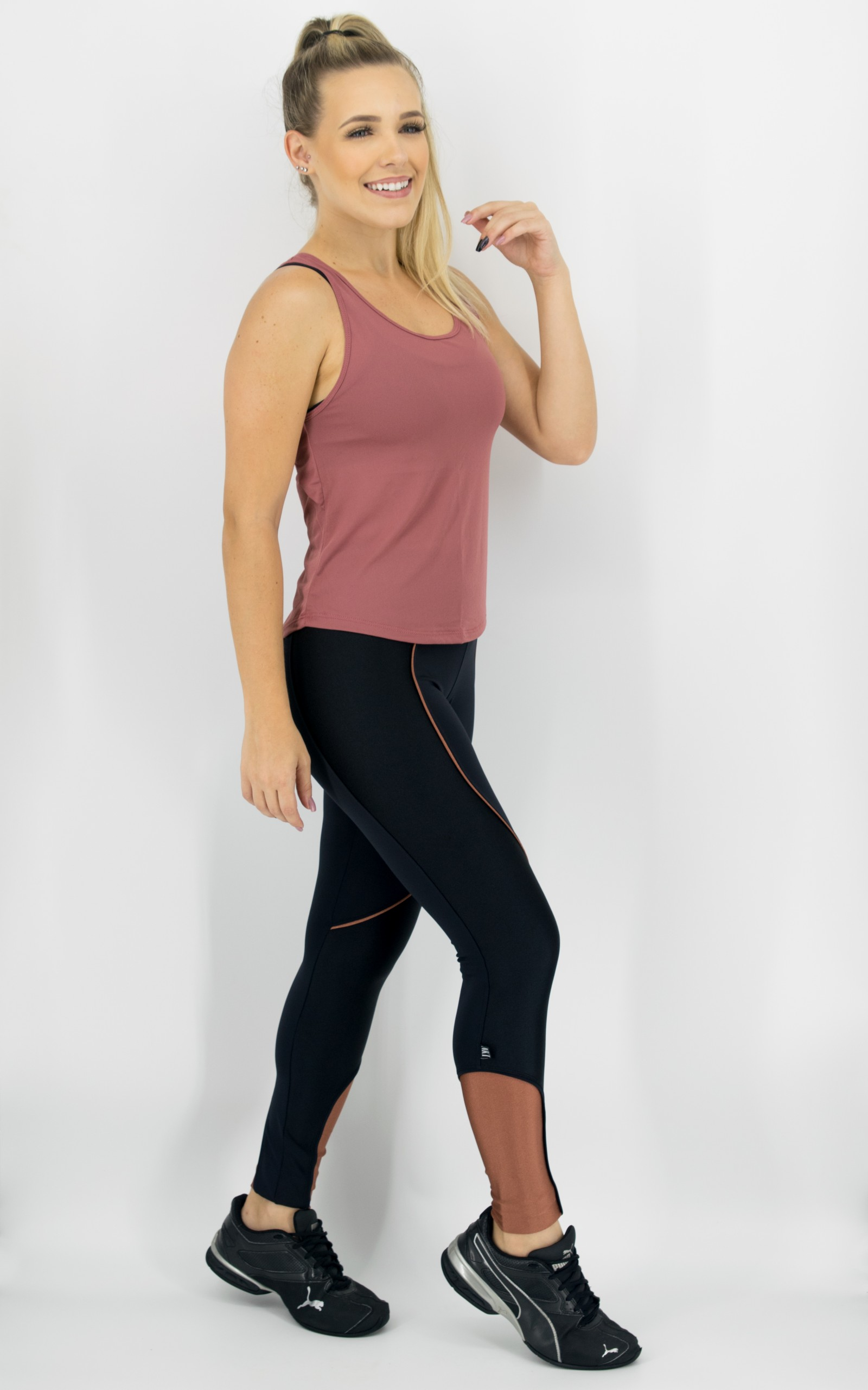 Regata Lux Blush, Coleção Move Your Body - NKT Fitwear Moda Fitness