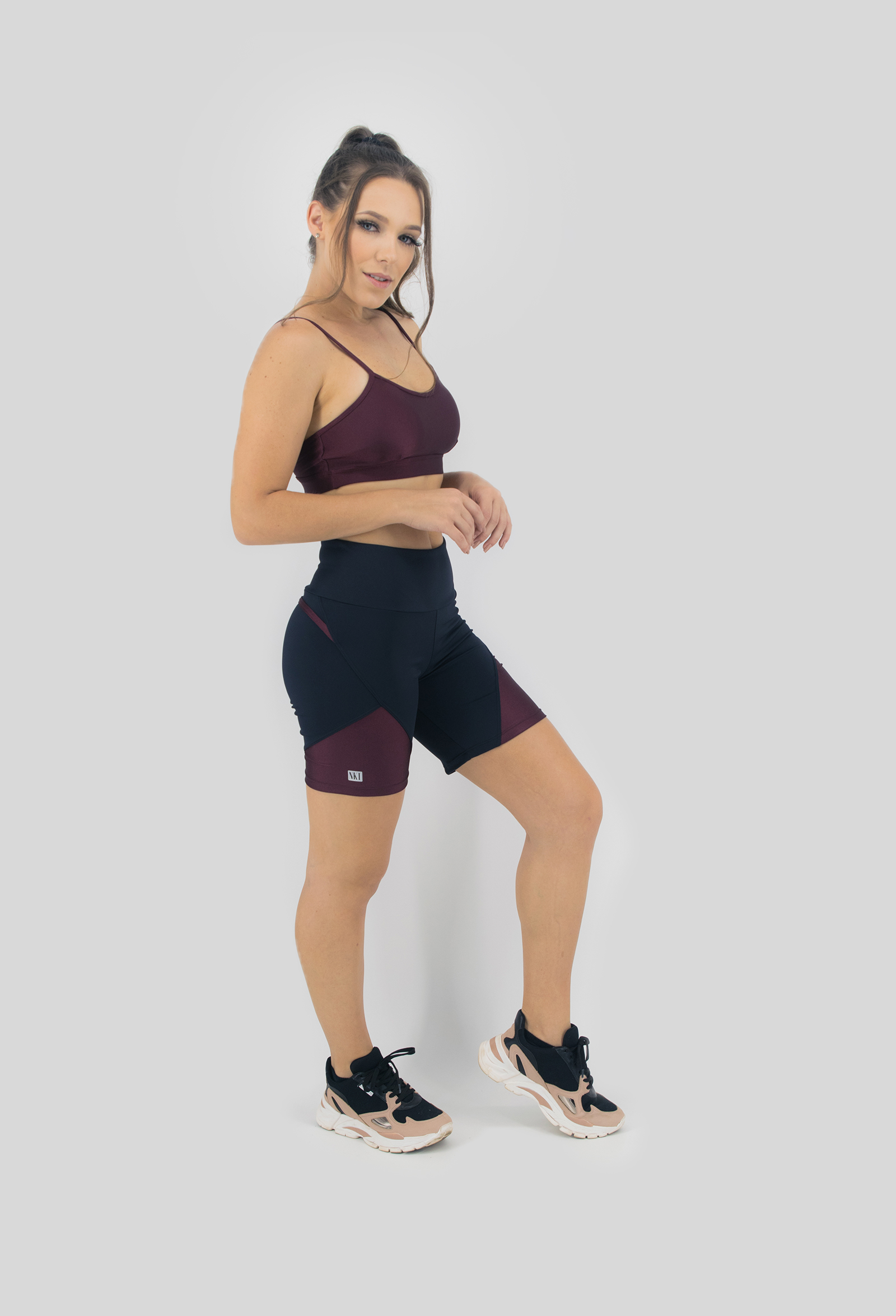Bermuda Wonderful Bordo, Coleção Move Your Body - NKT Fitwear Moda Fitness