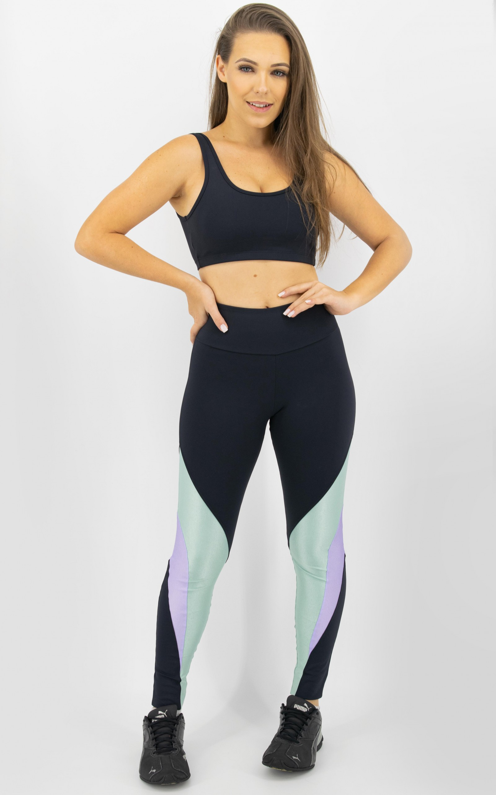 Top Arrow Preto, Coleção Move Your Body - NKT Fitwear Moda Fitness