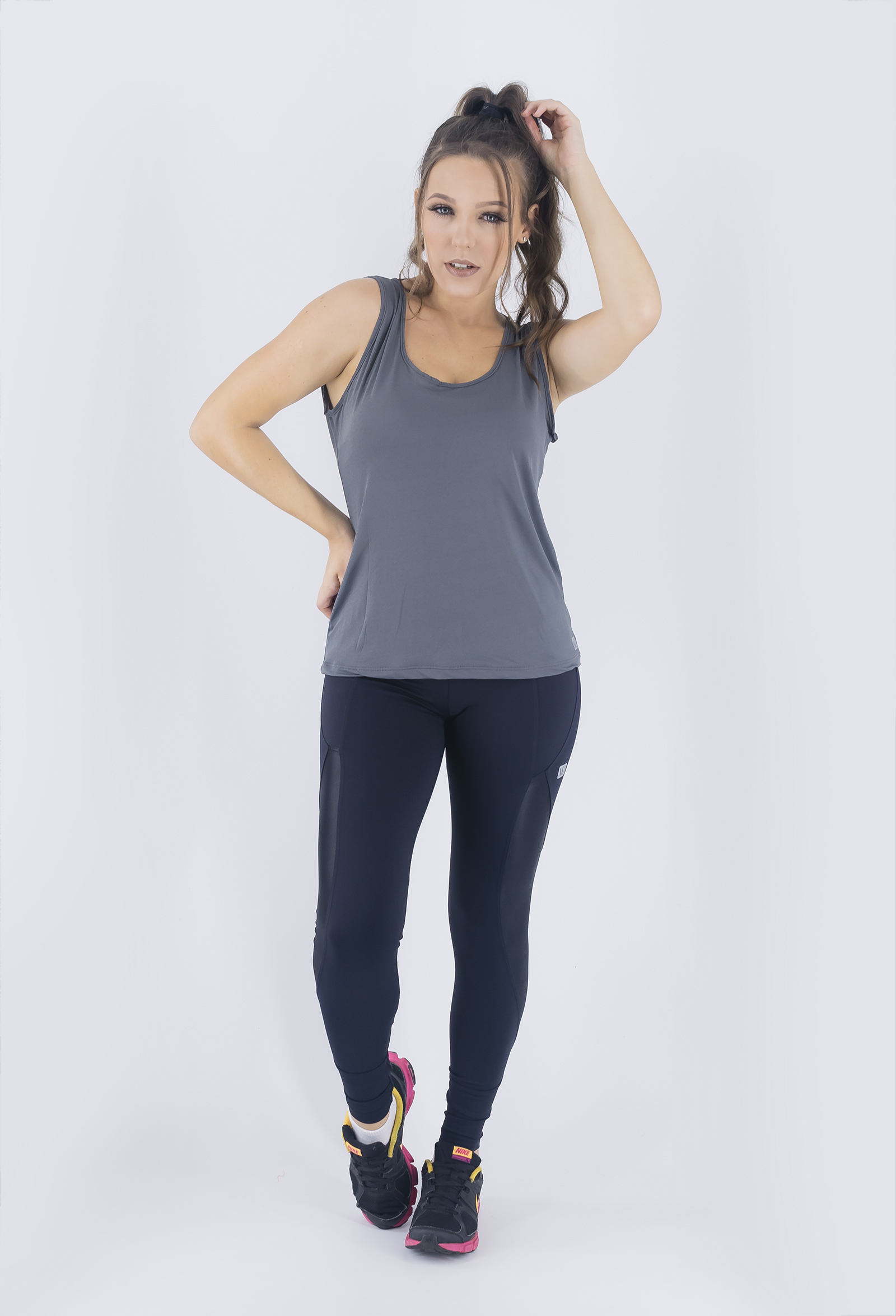 Regata Unique Chumbo, Coleção Just For You - NKT Fitwear Moda Fitness
